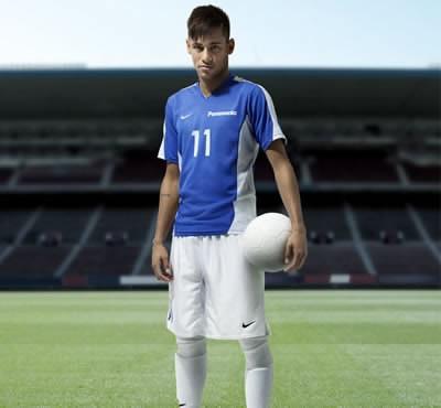Panasonic подновява глобалния рекламен договор с бразилското чудо от Барселона Неймар