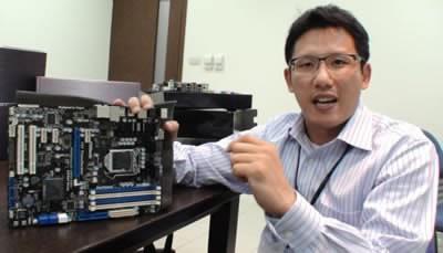 AsRock произведе дънна платка, комбинираща стария LGA1156 сокет с новия Intel P67 чипсет!