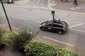 Чехия забрани Street View услугата на Google...