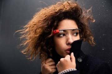 2000 бройки Google Glass по $1500 за ентусиасти, които искат да са на технологичния връх