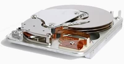 Мащабна кампания за кибершпионаж чрез твърди дискове?