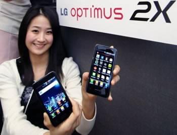 LG представи официално първият двуядрен смартфон