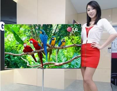 Всички се отказват от разработката на OLED, LG контрира с милиардно вложение в технологията
