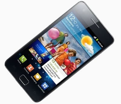 Samsung чупи рекорди за продадени смартфони в края на 2011