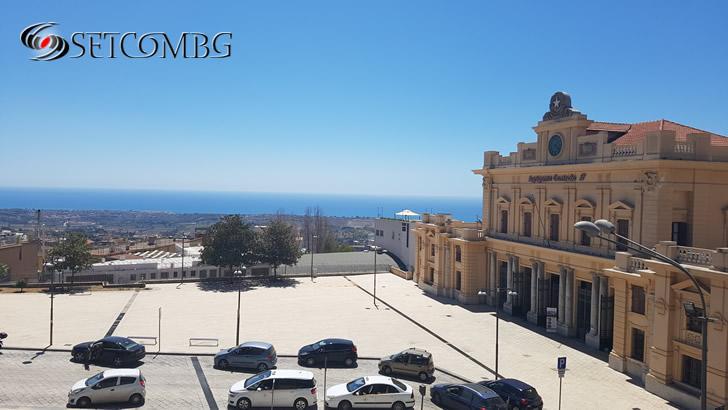 Agrigento - площада пред гарата
