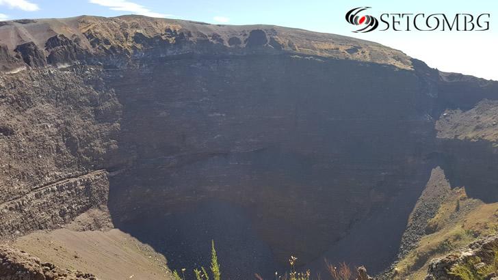кратерът на Везувий