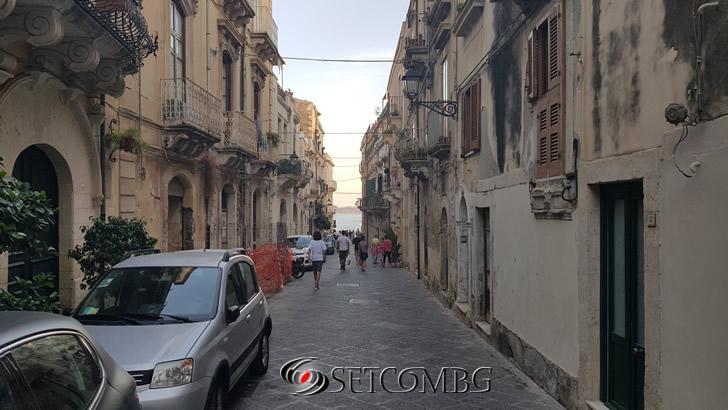 улица в Ortigia, Siracusa
